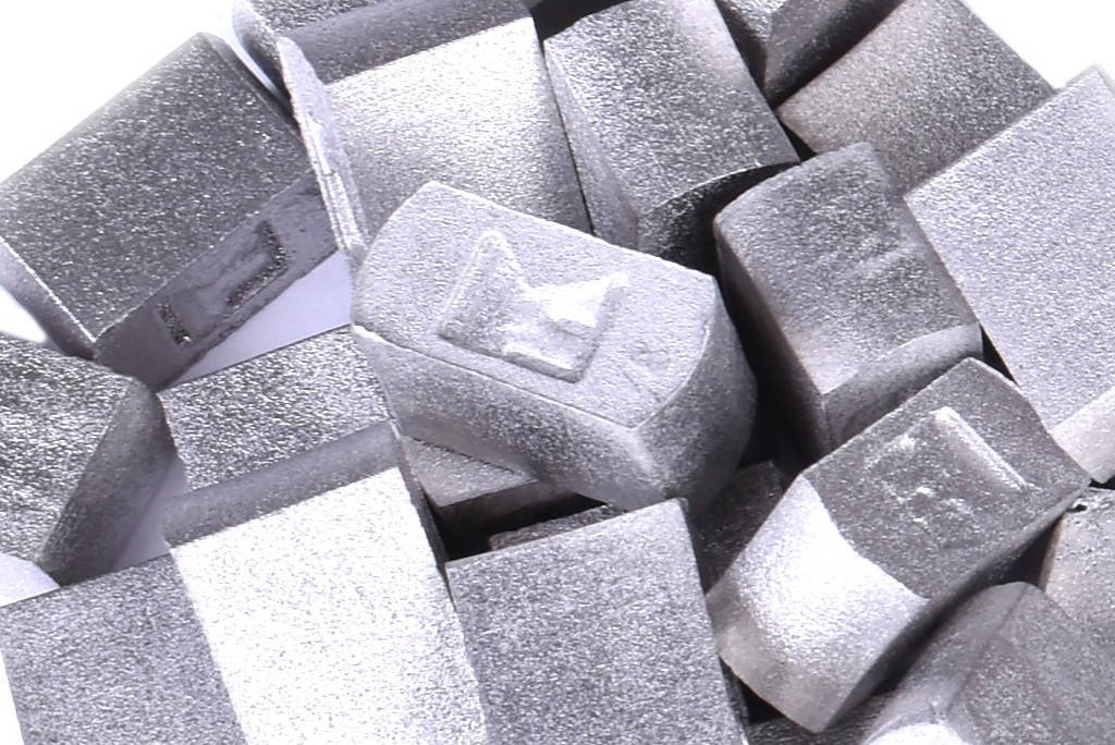 Nickel based dental alloys by Sintal MM, Marranium FI